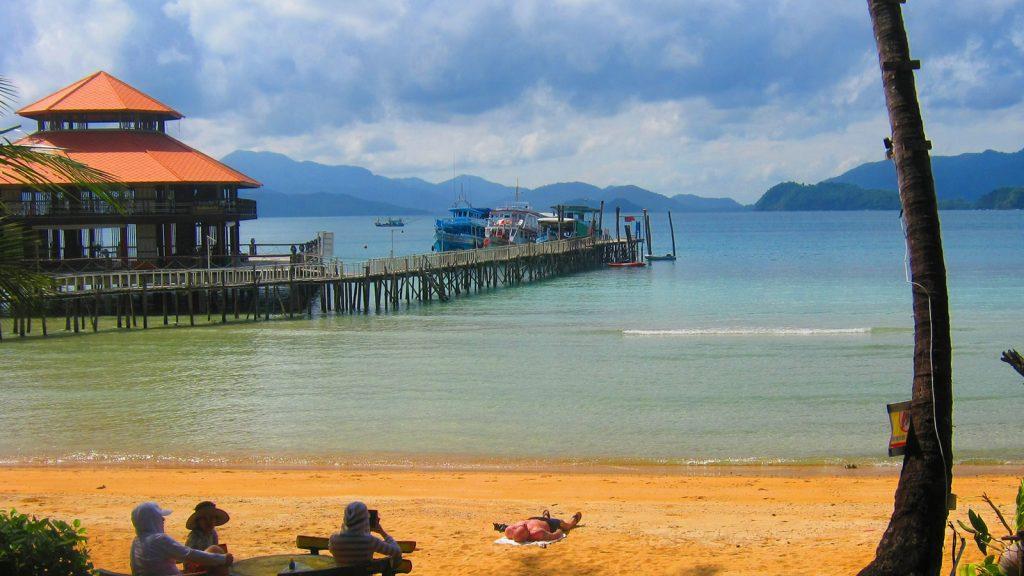 Koh Wai Paradise Resort pier